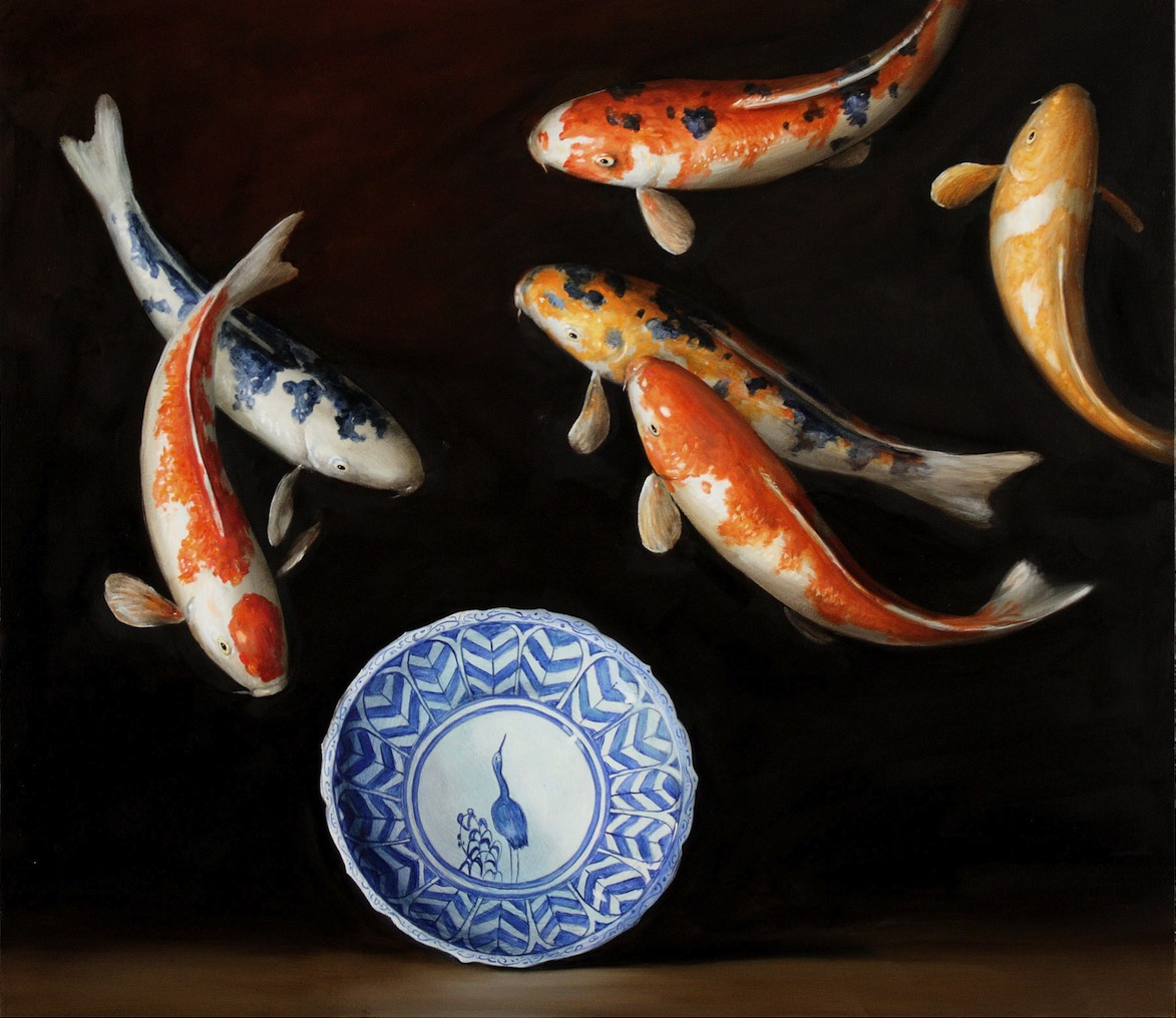 9-koi-blue-and-white-plate.
